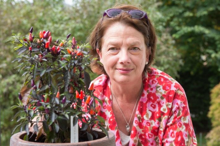 Françoise Fasel from Au-dessus du Volcan (Conches), chilli sauce maker. Image by Carole Parodi, (c) karibou.ch